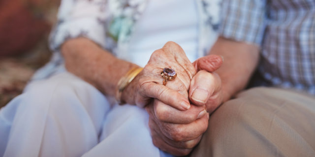 Maintaining Communication Despite Alzheimer's Disease