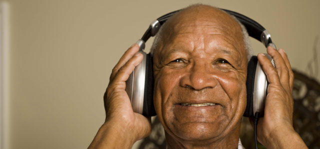 Headphones Bring Comfort to Those With Hearing Loss and Dementia